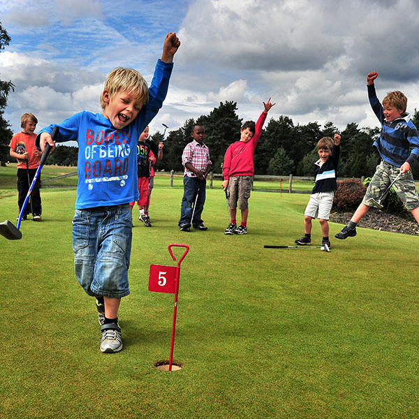 Family programme - Sports and Activities in Eastbourne : Golf.
