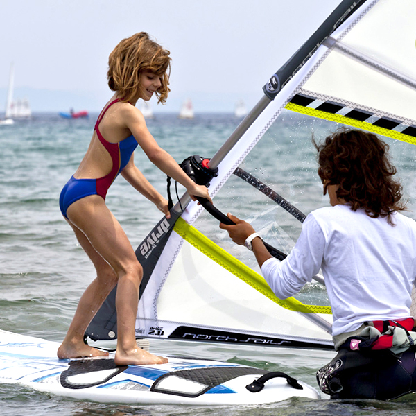 Family programme - Sports and Activities in Eastbourne : windsurfing.