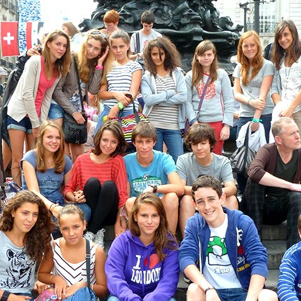 Groups and school groups in England : English lessons and activities for all !