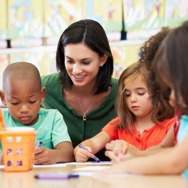 Programma di inglese del Programma estivo per bambini.