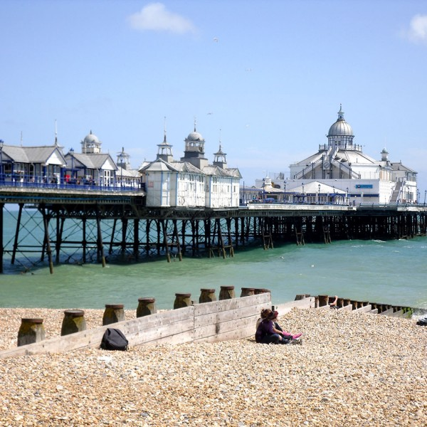 Discover Eastbourne and the ACCORD ISS summer schools in England.